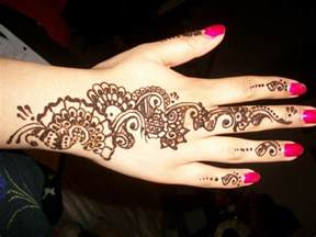 25 stunning henna tattoos for girls tattoo collections