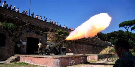 mezzogiorno roma il cannone di mezzogiorno