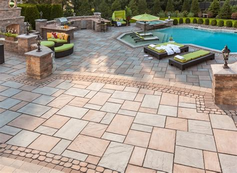 Patio Pavers Techo Bloc Techo Bloc Monticello Antika Pillar With Stonedgecap