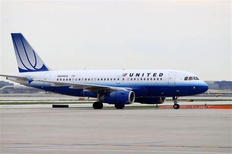united flight united airlines flight overheats near nicaragua