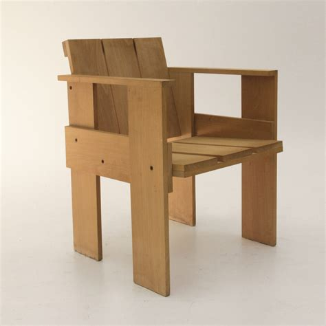 sedia di rietveld sei sedie crate chair di gerrit rietveld per cassina
