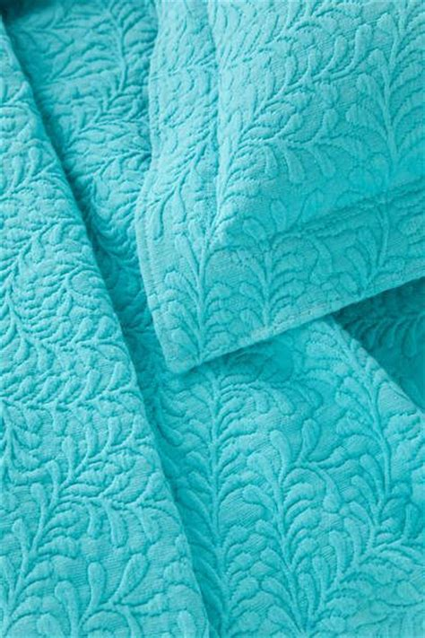 turquoise coverlet 25 best ideas about turquoise bedding on pinterest blue