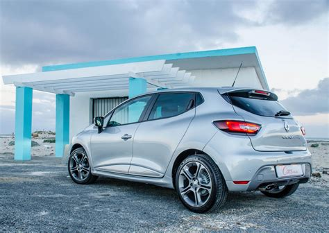 clio renault 2017 renault clio gt line 2017 review cars co za