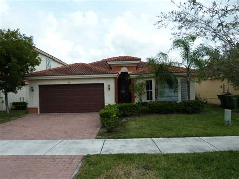 427 ne 20th ave homestead florida 33033 detailed