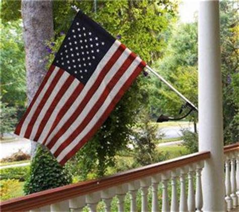 valley forge solar flagpole light valley forge us flag kit with solar light no tangle