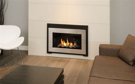 valor fireplace insert valor insert fireplaces hearth manor fireplaces gta