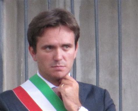 sindaco pavia alessandro cattaneo pavia il sindaco pi 249 amato d italia