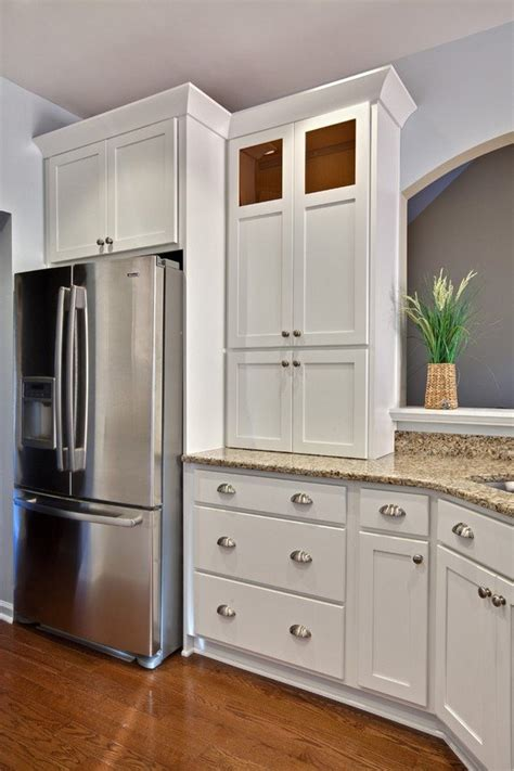 white cabinets silver hardware white shaker cabinets silver hardware santa cecilia