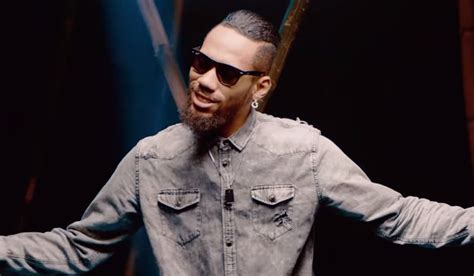 biography of nigerian artist phyno flashbackfriday this picture of phyno will motivate you