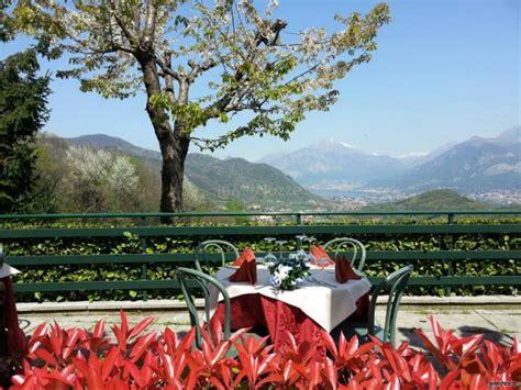 ristorante il gabbiano como vista panoramica sul lago di lecco ristorante il