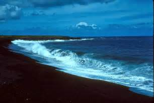 Black Sand Beaches Hawaii by 15 Most Beautiful Black Sand Beaches Around The World