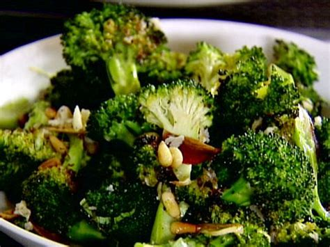 barefoot contessa roasted broccoli 25 best ideas about roasted broccoli recipe on pinterest easy broccoli recipes broccoli