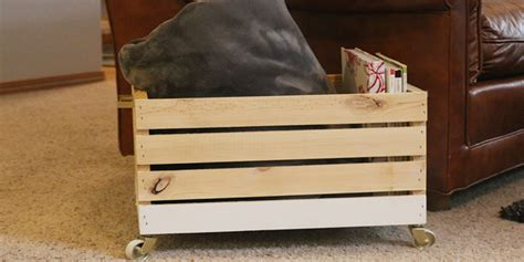 remodelaholic diy wood blanket box  wheels