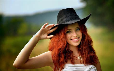 wallpaper girl in cap nice girl image hd wallpaper sportstle