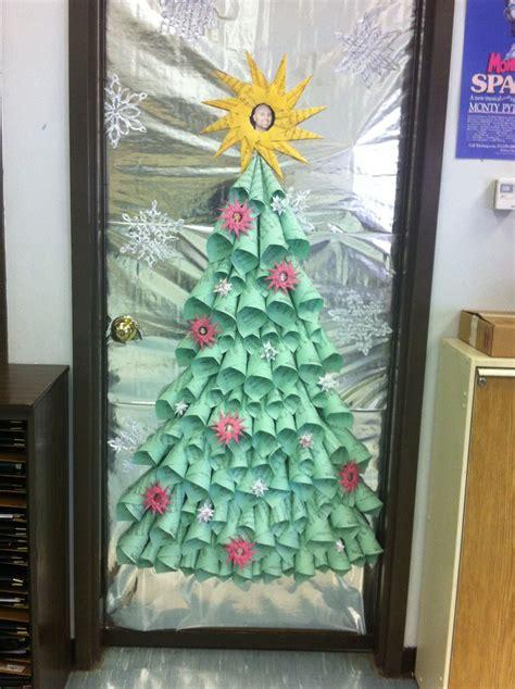 winning christmas door ideas best 25 choir room ideas on bird tattoos and awesome drawings