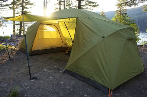 4 Tent With 2 Bedrooms by Look Big Agnes Two Room Family Tent