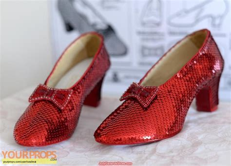 ruby slippers costume the wizard of oz ruby slippers replica costume