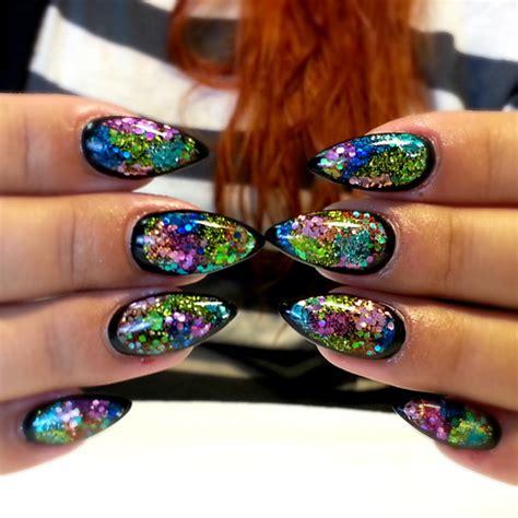 nail art tutorial how to create a glitter gradient using nail art how to nail designs nail tutorial black
