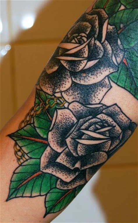 tattoo flower old school arm old school flower tattoo by stademonia tattoo