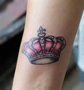 Corona de reina con mo 241 o tatuajes para mujeres