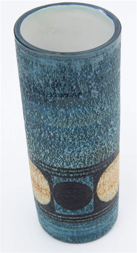 Troika Vase by 163 Best Images About Troika Pottery Cornwall On L Bases Auction And Glazed Ceramic