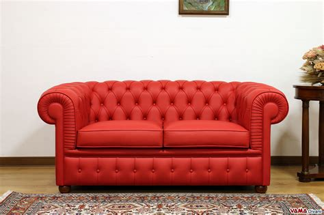 superiore Divano Letto Chesterfield #1: Divano-Chesterfield-2-posti-rosso-in-pelle.jpg