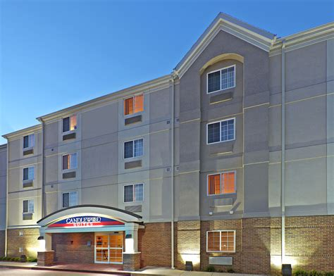candlewood suites fayetteville university of arkansas pet