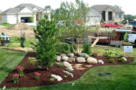 landscape ideas for michigan front yard landscaping michigan vectoralpha co