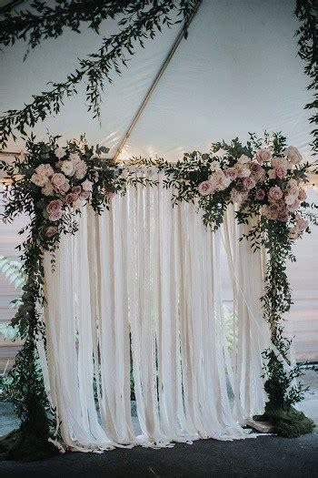 ide dekorasi pernikahan  rumah sempit sederhana tapi
