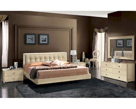 modern bedroom set  beige finish   italy