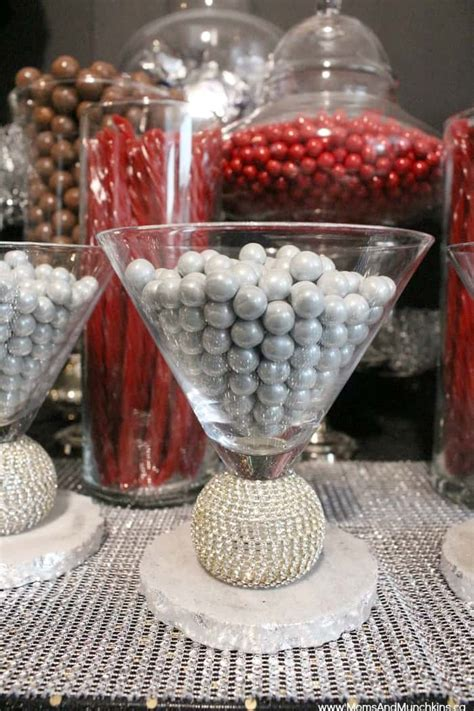 holiday candy bar ideas moms munchkins