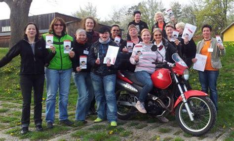 Motorrad Club Schwarmstedt by 30 Jahre Frauen Motorradclub Women On Wheels Fembike