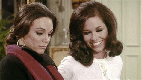 mary tyler moore 1970 episodes cast mary tyler moore s 5 best tv episodes as mary richards