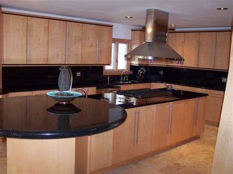 kitchens with cooktop in islands kitchen island with
