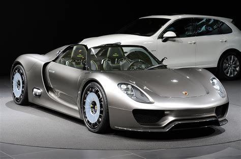 Porsche 918 Hybrid by Porsche 918 Spyder Hybrid Available For Order Extravaganzi