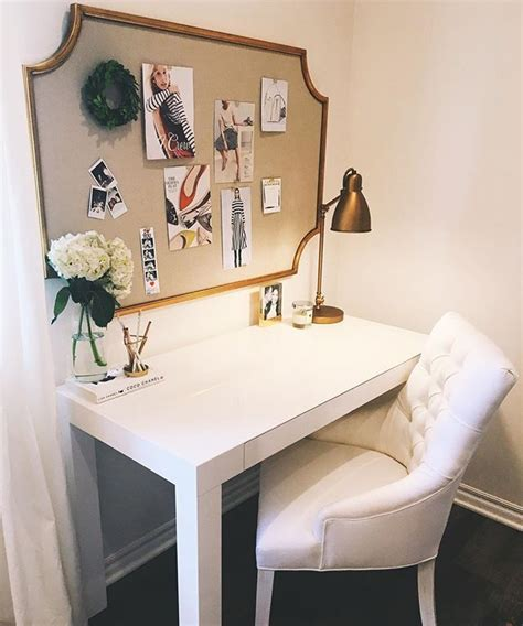 Desk For Bedrooms Teenagers by 25 Best Ideas About Desk On White