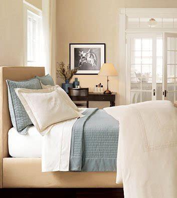 cream and blue bedroom ideas susan on design feeling blue