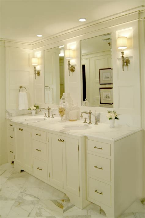 Master Bathroom Vanity Lights Tips To Designing A Layered Lighting Plan For Your Master Bathroom