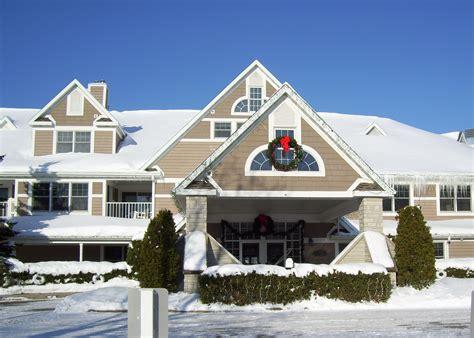 Door County Hotel Deals sturgeon bay lodging packages specials winter 2013 door county lodging resorts