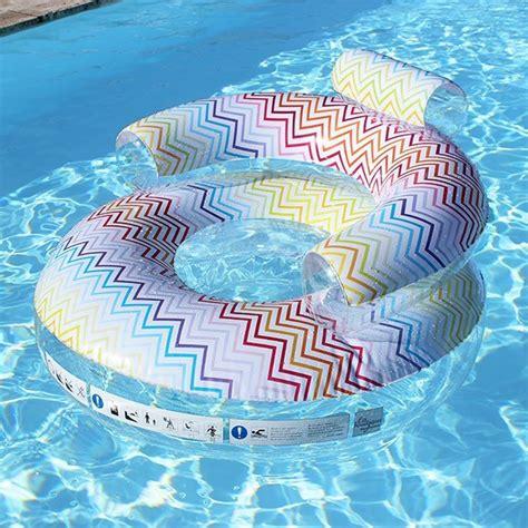 fauteuil gonflable pour piscine fauteuil gonflable piscine zig zag la boutique desjoyaux