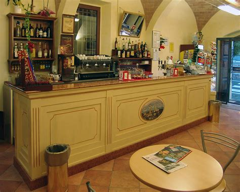 arredamenti classici arredamento bar classici arredi mobili banconi bar