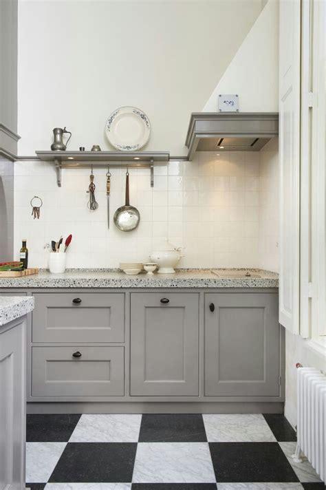 landelijke keuken elephant 25 beste idee 235 n over grijze keukenkastjes op pinterest