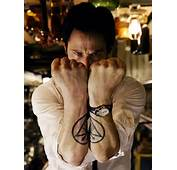 KEANU REEVES  Constantine TATTOOS PICS PHOTOS PICTURES OF HIS
