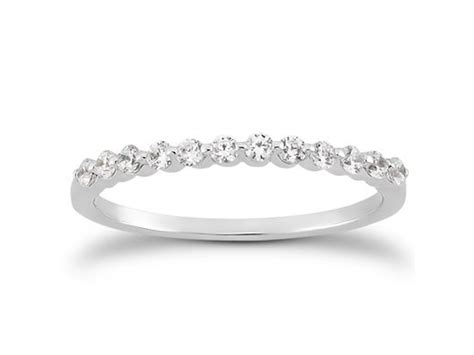 single shared prong wedding ring band in 14k white