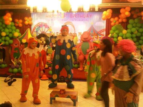 Balon Foil Santa Claus Sinterklas Natal sewa panggung boneka sewa badut badut ultah badut sulap kostum bagus phone 021 8406705