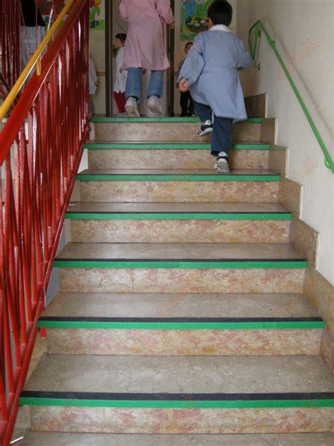 tappeto per scale tappeto scale 28 images coprigradini per scale fiori