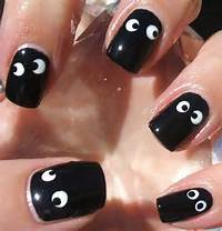 25 Simple Easy Scary Halloween Nail Art Designs Ideas Pictures 2012 4