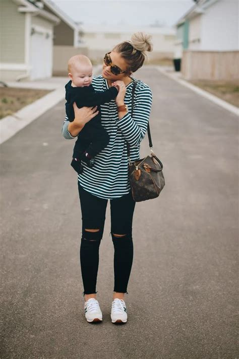 outfits  mums  fashionable clothes  mothers  year