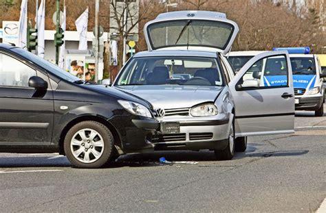 Auto Abmelden Und Neue Versicherung by Neue Regionalklassen F 252 R Kfz Versicherung Gute Aussicht