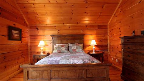 6 bedroom cabin pigeon forge tn quot shoot the moon quot 5 bedroom luxury cabin in pigeon forge